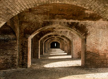 O tijolo arqueia #1 Fotografia de Stock Royalty Free