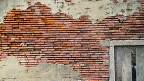 O tijolo rústico velho e o emplastro rachado texture o fundo imagem de stock
