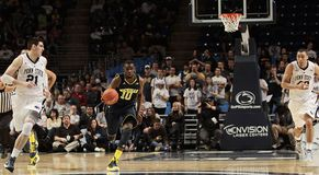 O #10 Tim Hardaway Jr de Michigan Imagem de Stock