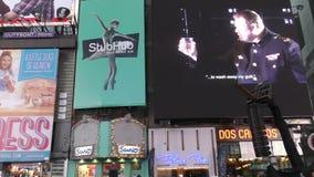 O Times Square encontrado da noite da inauguração vídeos de arquivo