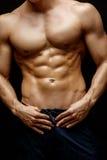 O torso considerável de homem novo Fotografia de Stock