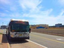 O trânsito do metro de Halifax NS comemora o orgulho Foto de Stock