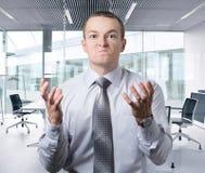 o trabalhador de escritório fica irritado Fotografia de Stock Royalty Free