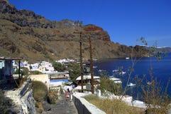 O trajeto ao porto da ilha de Thirassia, Grécia Imagem de Stock