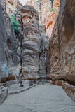 O trajeto do siq na cidade nabatean de PETRA Jordão Fotos de Stock