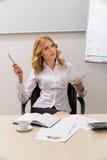 O treinador do negócio conduz o treinamento Imagem de Stock Royalty Free