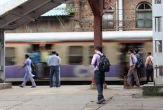 O trem em Bombaim Fotos de Stock