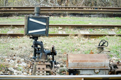 O trem railway do vintage clássico aponta a alavanca foto de stock royalty free