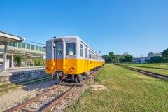 O trem velho de Taitung era negócio e usos da parada para a mostra histórica no museu exterior na vila da arte da estrada de ferr fotos de stock royalty free