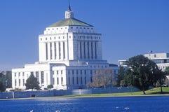 O tribunal de Alameda e lago Merritt, Alameda, Califórnia Fotografia de Stock Royalty Free