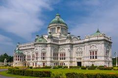 O trono Salão de Ananta Samakhom no palácio real tailandês de Dusit, golpe Fotos de Stock Royalty Free
