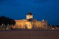 O trono Salão de Ananta Samakhom no palácio real tailandês de Dusit, golpe Imagem de Stock Royalty Free