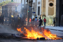 O truculência da polícia é usado para conter protestos em Rio de janeiro Fotos de Stock Royalty Free