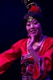 Dançarinos chineses. Trupe da arte de Zhuhai Han Sheng. Fotografia de Stock Royalty Free