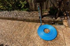 O tubo azul era em ordem Fotografia de Stock Royalty Free