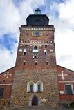 O tuomiokirkko de Turun da catedral de Turku foi consagrado em 1300 como a igreja da catedral da Virgem Maria Blessed e do Saint  fotos de stock royalty free