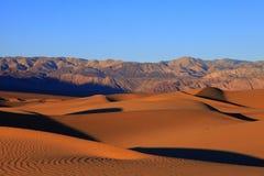 O Vale da Morte - dunas de areia Fotos de Stock Royalty Free