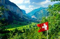 O vale de Suíça lauterbrunnen cumes Fotos de Stock Royalty Free