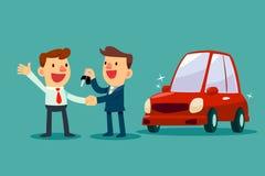O vendedor de carro dá um aperto de mão e uma chave nova do carro ao homem de negócios Foto de Stock