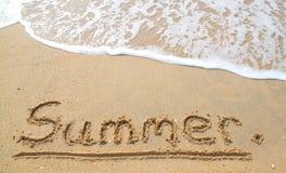 O verão na praia Imagens de Stock Royalty Free