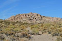 O vermelho balança a montanha Califórnia da rocha da garganta Imagens de Stock Royalty Free