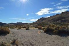 O vermelho balança a montanha Califórnia da rocha da garganta Foto de Stock Royalty Free