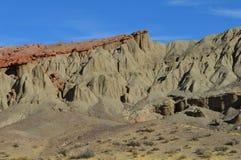 O vermelho balança a montanha Califórnia da rocha da garganta Foto de Stock