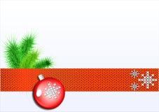 O vermelho do lenço fez malha com os flocos de neve brancos Fotografia de Stock Royalty Free