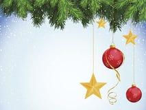 O vermelho Ornaments estrelas do ouro com Evergreen ilustração stock