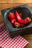 O vermelho quente do pimentão secou ascendente próximo da pimenta Imagens de Stock Royalty Free