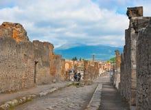 O Vesúvio das ruínas de pompeii Imagem de Stock