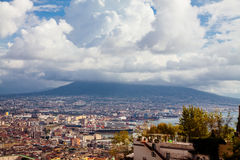 O Vesúvio em Nápoles fotos de stock