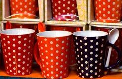 O vidro fez a caneca com a fotografia do fundo da colher do chá Foto de Stock Royalty Free