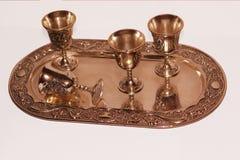 O vidro na bandeja de cobre Imagens de Stock Royalty Free