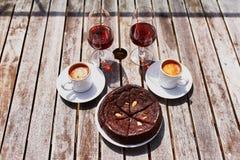 O vinho de Madeira, o café e o hohey português tradicional endurecem Fotos de Stock Royalty Free