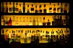 O vinho do licor da barra bebe a decoração Foto de Stock