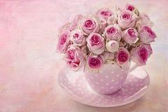 O vintage cor-de-rosa levantou-se Fotografia de Stock