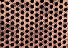 O vintage oxidou grelha perfurada do metal Fotos de Stock