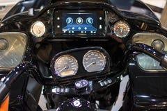 O volante da motocicleta moderna de CVO Harley Davidson imagens de stock royalty free