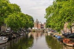 O Waag (pese a casa) em Amsterdão fotografia de stock royalty free