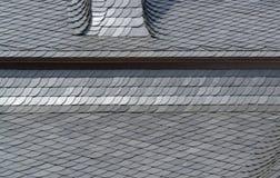 O xisto telhou o detalhe do telhado Imagens de Stock