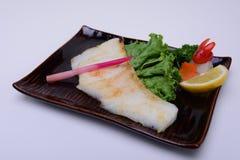 O yaki de Gindara, bacalhau preto grelhado, sablefish grelhou isolado no fundo branco Fotos de Stock Royalty Free