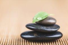 O zen e relaxa o conceito imagem de stock