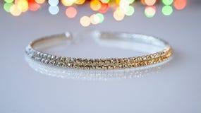 O zircônio do bracelete é um vidro branco Fotos de Stock Royalty Free