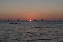 oahu solnedgång fotografering för bildbyråer