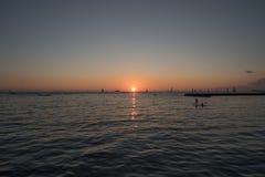 oahu solnedgång royaltyfria bilder