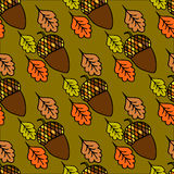 Oak leaves and acorn seamless pattern Royalty Free Stock Photos