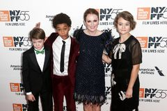 Oakes Fegley, Jaden Michael, Julianne Moore, Millicent Simmonds Arkivfoton