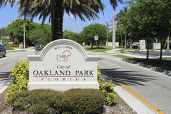 Oakland Park, Florida Welcome Sign Stock Photo