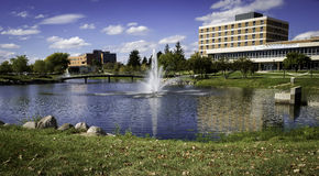 Oakland University Campus, Michigan. Part of the campus of Oakland University, with a lake and student union, located in Rochester Hills and Auburn Hills Stock Photos